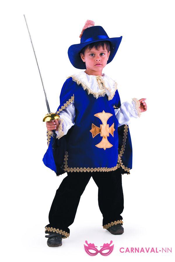 Новогодний костюм мушкетера для мальчика своими руками фото